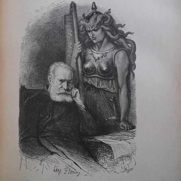 Gravure en noir et blanc qui représente Victor Hugo assis, soucieux, sous le regard d'une gorgone en armure, armée d'une épée au fourreau et d'un fléau sur lequel est inscrit 1870-71.