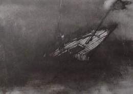Ce détail d'un dessin de Victor Hugo représente l'épave d'un navire coupé en deux, la proue levée vers le ciel.