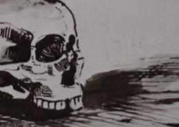 Ce détail d'un dessin de Victor Hugo représente les trous des yeux et du nez d'un crâne humain dont les dents servent de support.