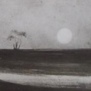 Ce détail d'un dessin de Victor Hugo représente l'horizon, sur lequel surgit la lune énorme.