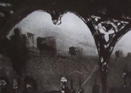Ce détail d'un dessin de Victor Hugo représente des arcades sous lesquelles sont empalées des têtes. On aperçoit de hauts bâtiments en face, dont une forteresse.