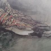 Ce détail d'un dessin de Victor Hugo représente les jambes et les bottines d'une femme enveloppée dans un tissu coloré.